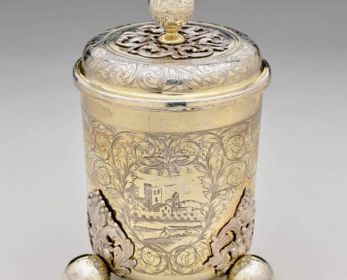 Beaker with cover, silver gilt 17th century