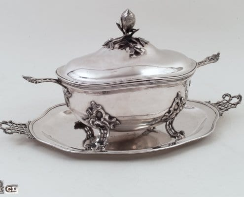 silver rococo tureen on stand, 18th c.