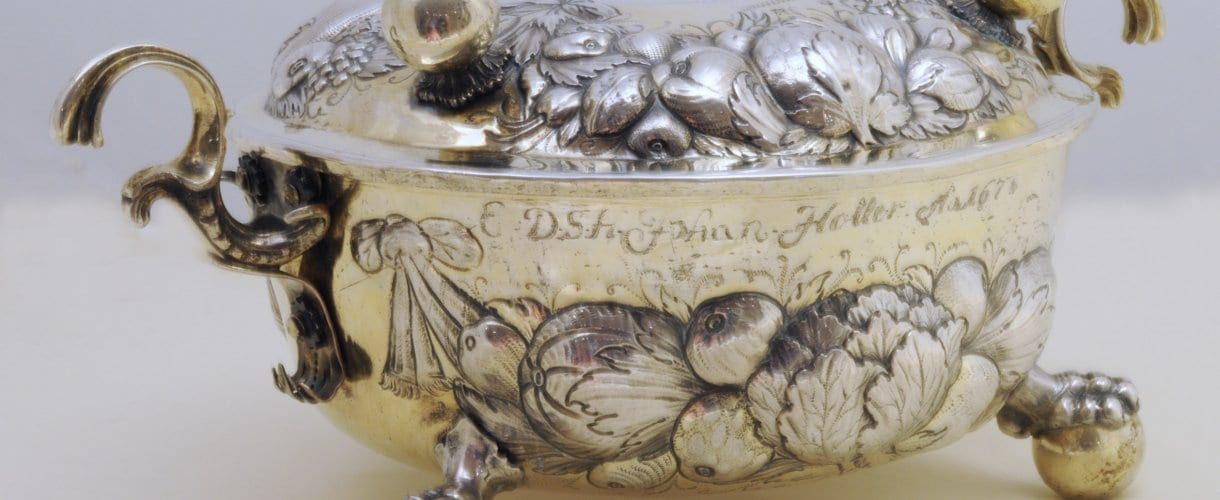 antique silver two-handled bowl and cover, German 17th c.